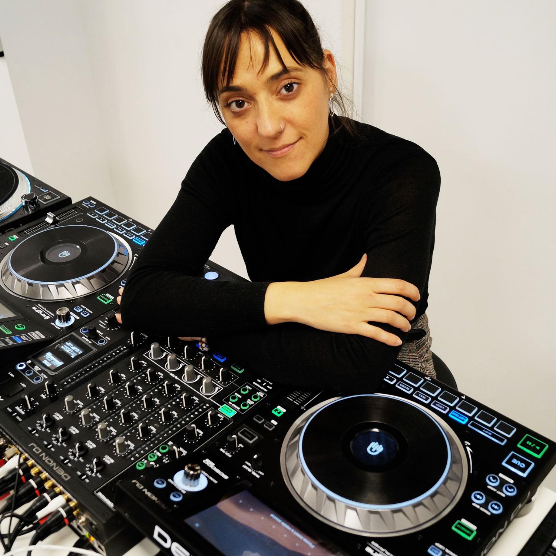 DEMO: DENON DJ